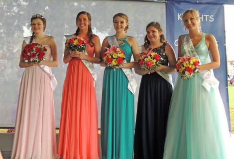 2016 V-F Queen and court