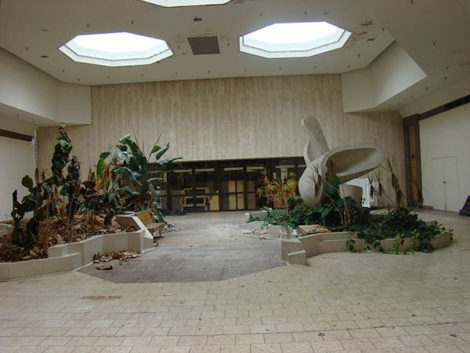 Jamestown Mall: Ready for Renewal.