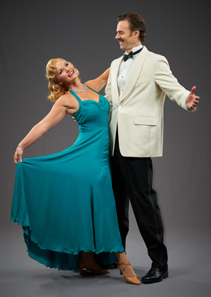 South Pacific lead actress Leah Berry and lead ctor Michael Halling