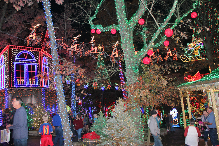 top of main street sd midtown revised more lights silver dollar citys an old time christmas - Silver Dollar City Christmas