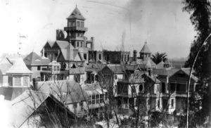 Winchester House before the 1906 earthquake.
